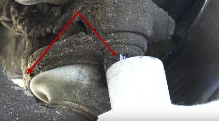 Болты крепежа шаровой опоры Ваз 2114