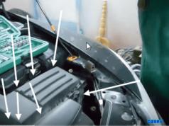Замена воздушного фильтра Шкода Октавия А5 (1.8)